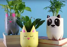DIY Cute Animal Planters Made of Recycled Plastic Bottles