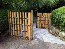 fence design. Architecture:Nice Landscaping Idea With Concrete Flooring Also Vertical Bamboo Japanese Fence Design Massive Outdoor