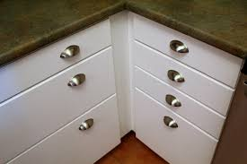 Kitchen Cupboard Door Handles Kitchen Cupboard Door Handles With Backplates