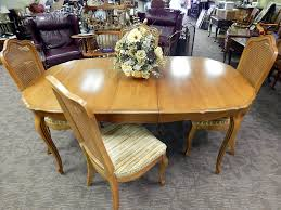 Thomasville Dining Room Chairs Oak Thomasville Furniture Dining Room Set Curiosity Consignment