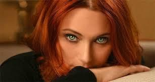hair color that makes green eyes pop