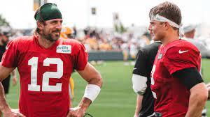Zach Wilson & Aaron Rodgers Rub Elbows ...