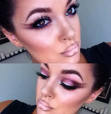first post my just introduced me to reddit i m a makeup artist so i love this makeup addiction subreddit