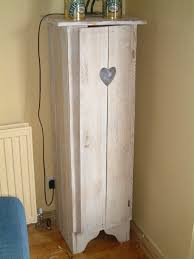Cupboards Made From Pallets Best Ideas About Latte Diy Pallet Furniture E Pallet Chair On