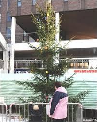 Britainu0027s U0027worstu0027 Christmas Tree Staying Put  The JournalWorst Christmas Tree