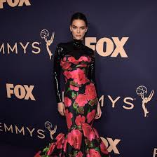 Emmy Design Clothing Emmy Awards 2019 The Best Dressed Celebrities On The Red