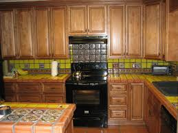 Kitchen Cabinet Wood Choices How To Choose Rta Cabinets Dengarden