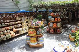 mexican spanish ceramic goods pots aluminum brass frames decorative crosses fruit bowls garden animals great customer service hanging baskets