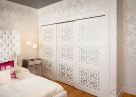 Diy Frosted Glass Door 15 Cute Closet Door Options Closet Doors White Closet And Doors
