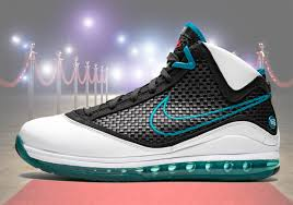 Jason Petrie Shoe Designer Nike Lebron 7 Red Carpet Retro Release Date Sneakernews Com