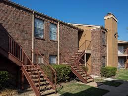 Exterior | Landmark At Spring Creek Apartment Homes Garland, TX