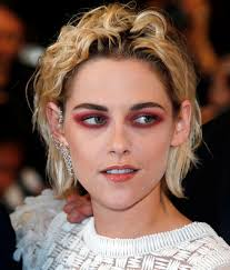 kristen stewart red eyes cannes