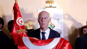 الرئيس التونسي قيس سعيد يحذر من خطر تفتيت الدولة من الداخل بقلم علي بومنجل  الجزائري - AlmghribAlarabi