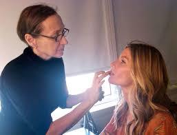 10 makeup artist tips