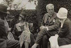 w b yeats  walter de la mare bertha georgie yeats nee hyde lees william butler yeats unknown w summer 1930 photo by lady ottoline morrell