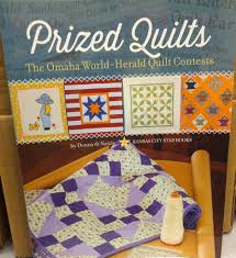 Prized Quilts: The Omaha World-Herald Quilt Contests – The Omaha ... & Prized Quilts: The Omaha World-Herald Quilt Contests Adamdwight.com