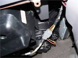 solved fuse location for the heat ac blower motor 1997 fixya sscullys 190 jpg