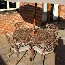 metal garden dining table round 137cm