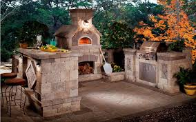 how to build an outdoor fireplace or fire pit