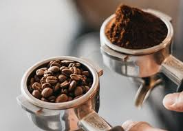 You get a blend of central american mild coffee beans and velvety brazilian coffee beans, mixing precisely and perfectly to extend your early mornings in the most pleasant way possible. Best Coffee Grind For Espresso Machine How To Grind Espresso Beans