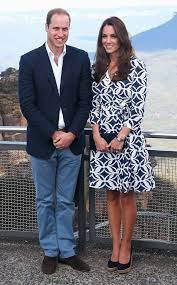 Diane von furstenberg dvf full length palm windsor floral green wrap dress. Kate Middleton S Dvf Dress Sells Out In Minutes E Online