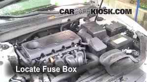 replace a fuse 2006 2010 hyundai sonata 2008 hyundai sonata gls locate engine fuse box and remove cover
