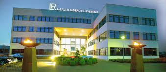 TF1 NEWS : LR Health & Beauty société incontournable de la vente directe -  Le meilleur du gel d'aloe vera bio I.A.S.C. et autres plantes pour votre  Santé, Bien-être et Beauté avec