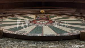 king arthur s round table in the great hall winchester