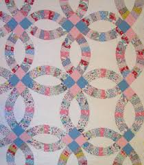 Double Wedding Ring Quilt With Outer Border Sold!   Cindy Rennels ... & partial view wedding ring pattern Adamdwight.com