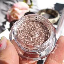 Hourglass Scattered Light Swatches Hourglass Scattered Light Eyeshadow Review And Swatches