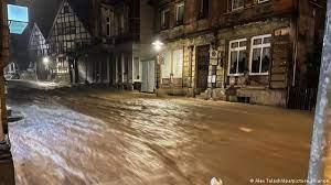 قتلى وعشرات المفقودين في فيضانات ألمانيا وبلجيكا
