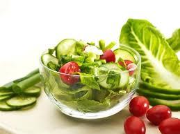 basic garden salad olive dressing nutrition