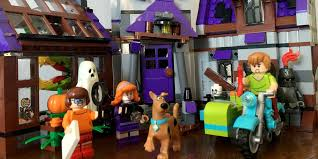 Lego Full House New Scooby Doo Mystery Mansion Lego Set Is Full Of Spooky Secrets
