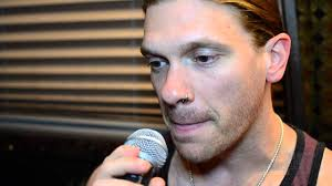 Video Interview with Shinedown vocalist Brent Smith and drummer Barry Kerch  - YouTube
