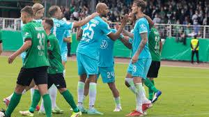The football team currently plays in regionalliga west which is the fourth tier in german football. 7cnlmjnuaxdzbm