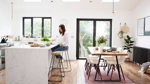 styling a kitchen island with seating