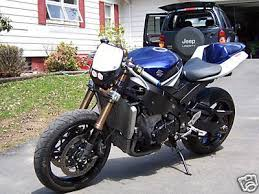 what s a streetfighter motorcycle bikebound