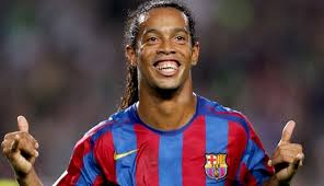 Confirmado, Ronaldinho nuevo jugador del C.S.D Municipal