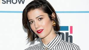 The Truth About Mary Elizabeth Winstead