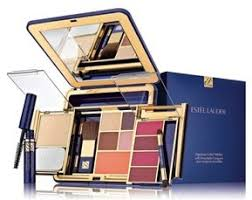 best travel makeup kit makeup photography small travel makeup kit mugeek vidalondon