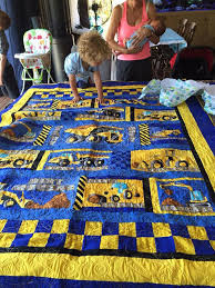 Toddler Quilt - Heath's Quilt - Construction Machines - Alanda Craft & construction-panel-quilt,quilting,sewing,craft Adamdwight.com