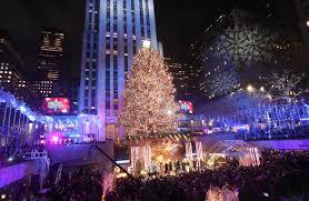 Rockefeller Tree Lighting 2019 Watch The Rockefeller Center Christmas Tree Being Lit
