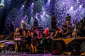 theater on 18 19 and 20 september the epic rock choir gave a special try out show in bibelot poppodium dordrecht on the 6th of september