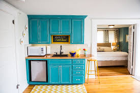 Kitchen Makeovers Hotels With Full Kitchens Near Me What Is A Kitchenette  In A Hotel Room