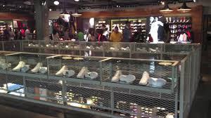 nike store portland walkthru all white nike store portland walkthru 1 23 all white