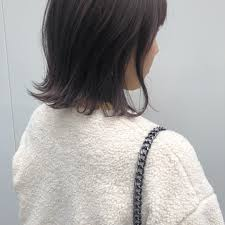 この透明感のある髪型は何レングス別トレンドレイヤーヘアカタログ