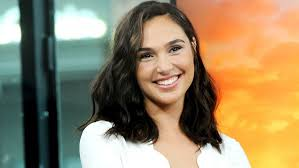 Wow Gal Gadot Spends Her First Week At No 1 On The