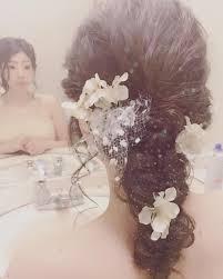 ダウン編み込みアレンジの可愛いブライダルヘア髪型まとめ Marry