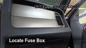 2003 2016 lincoln navigator interior fuse check 2008 lincoln interior fuse box location 2003 2016 lincoln navigator