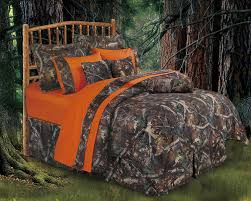 Amazon.com: HIEnd Accents Realtree Oak Camo Comforter Set, Queen: Home U0026  Kitchen